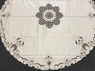 60'' Round Beige Off White Embroidered Satin Fabric Embroidery Tablecloth Napkin