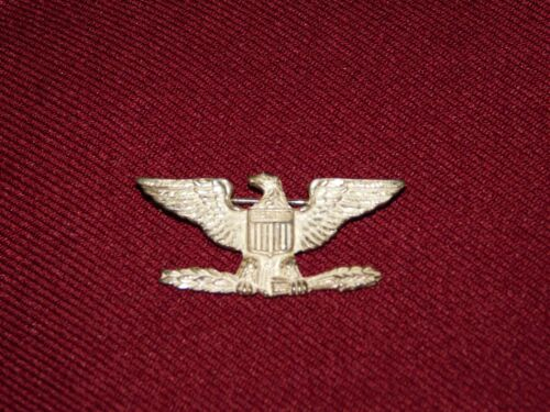 VINTAGE WWII  STERLING SILVER EAGLE COLONEL RANK INSIGNIA PIN