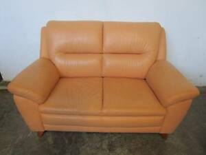 D5048 Beautiful Leather 2 Seater Sofa Mount Barker Mount Barker Area Preview