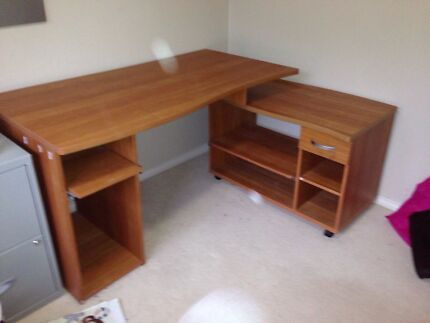 Timber desk Stanhope Gardens Blacktown Area Preview