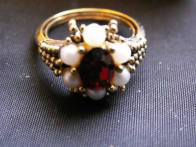 Vintage Avon Roseglow gold Tone Ring Faux Pearl and Rhinestones Size Large NIB