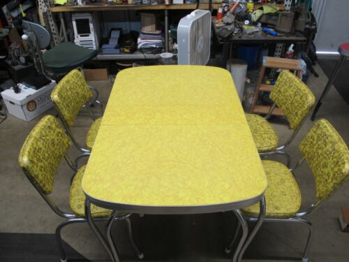 Vintage 1950s Yellow Cracked Ice Formica Chrome Table Dinette Set Vinyl Chairs