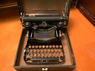 ANTIQUE/ViNTAGE 1917 CORONA MODEL 3 PORTABLE FOLDING TYPEWRITER w/ CASE. WORKS