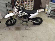 125cc dirtmaxx dirtbik Bonnyrigg Fairfield Area Preview