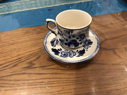 Delft hand painted blue cups and saucers