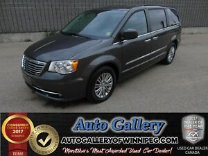 2016 Chrysler Town & Country Touring *Lthr/Nav