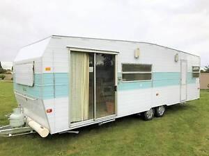26ft Franklin Truline  Family bunk Caravan Hillside Melton Area Preview
