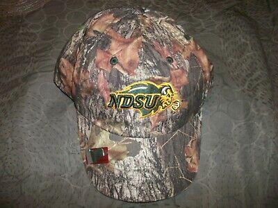 North Dakota State NDSU Bison Camo Mens Baseball Cap Hat -