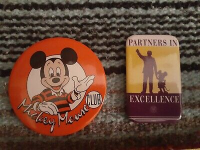 VINTAGE Walt Disney MICKEY MOUSE CLUB & Partners in Excellence Buttons Pins
