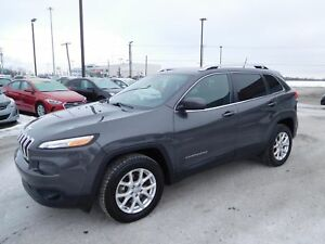 2015 Jeep Cherokee North,4X4,MAGS,CRUISE,BLUETOOTH,A/C