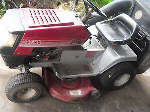 "MTD YARDMASTER 42"" RIDE ON MOWER WITH CATCHER Boondall Brisbane North East Preview"