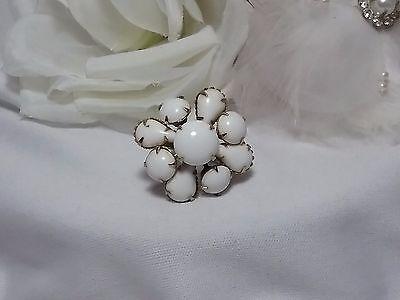 Vintage Estate Gold White Milk Glass Floral Flower Cocktail Filigree Ring