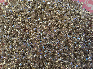 30 3mm Square Rhinestone Montee Beads (BD29)