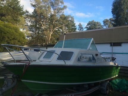 Motorboat/Fishing and Trailer Emerald Cardinia Area Preview