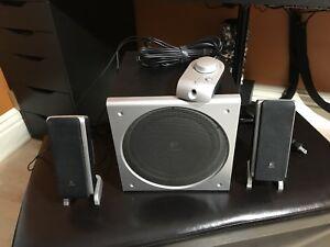 Logitech Z3 Speakers THX bass