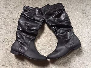 Women's size 6.5 boots