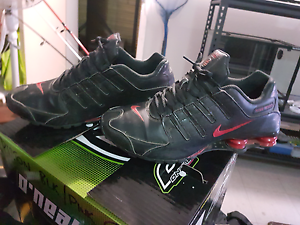 For sale  nike shock shoes men 11 Macquarie Fields Campbelltown Area Preview