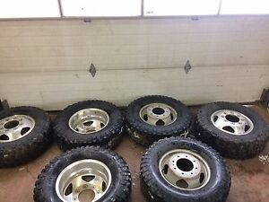 2011+ gmc or Chevy dually rims and tires