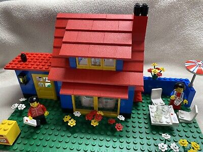 Vintage LEGO 6372 Town House COMPLETE Set 1982 - New Sticker Sheet - Box Incl.