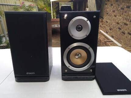 RETRO BOOKSHELF SPEAKERS HIFI QUALITY AND POWER TAMON EX40i