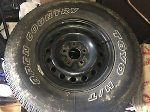 "Toyo open country 16"" 5x127."