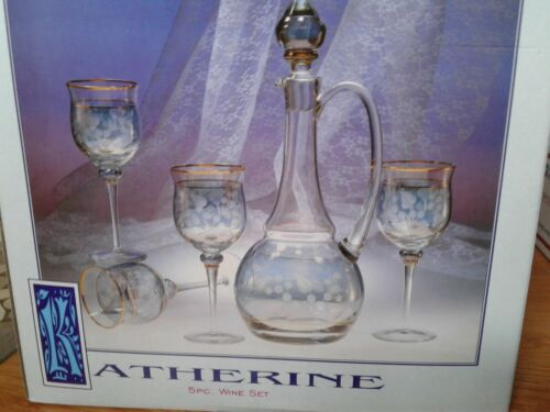 ATHERINE CRYSTAL MOUTHBLOWN HANDCUT HANDPAINTED DECANTER SET.5 PIECE