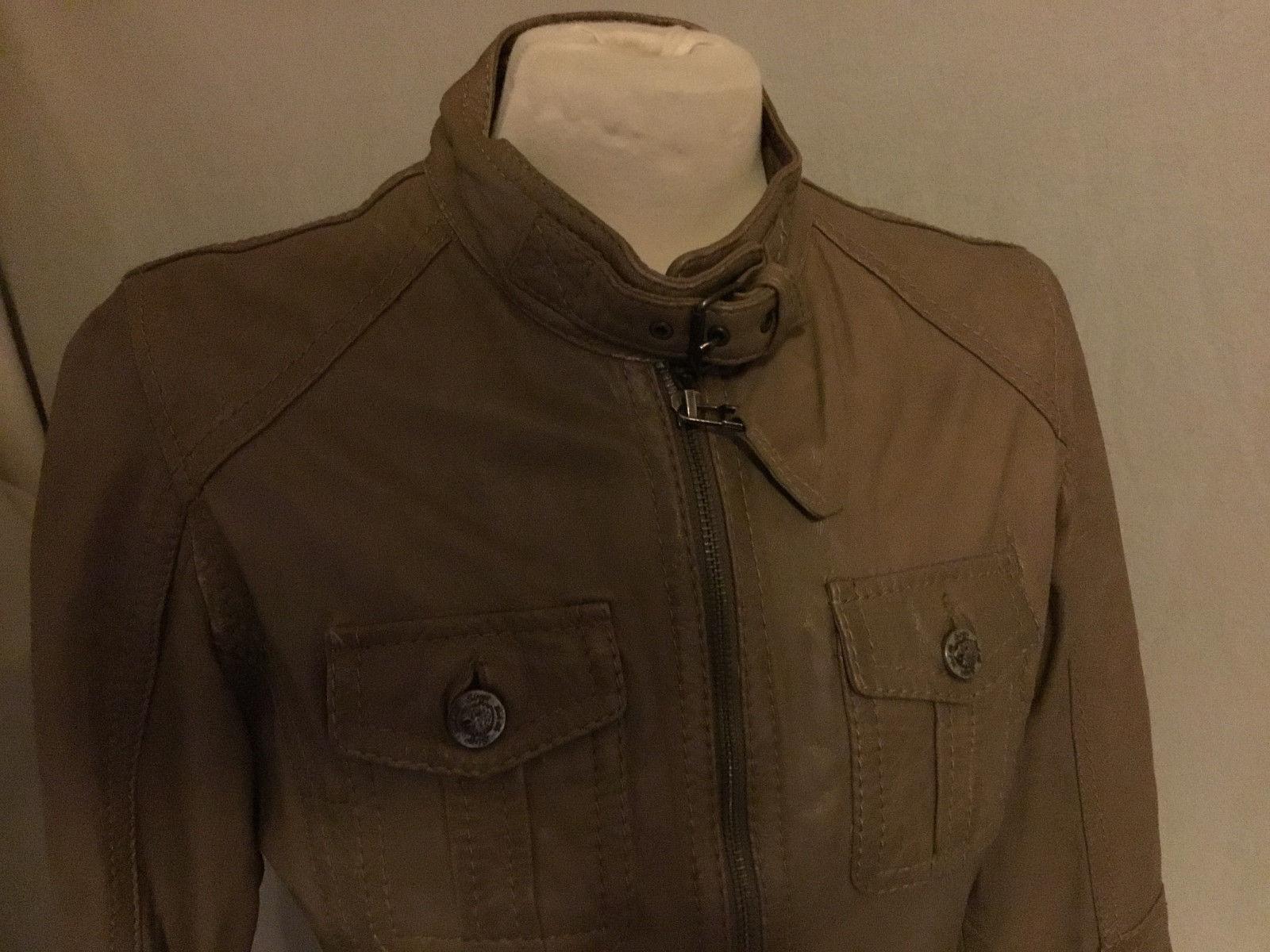Magnifique veste blouson cuir oakwood taille s en très bon état.