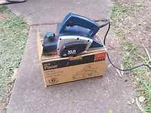 XUI power sander Airds Campbelltown Area Preview