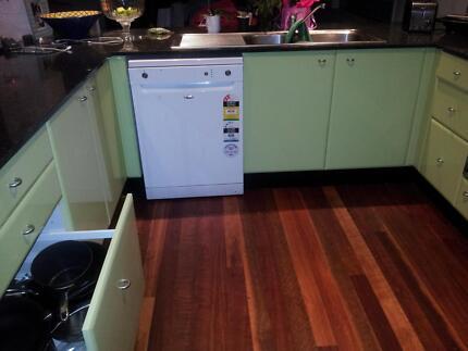 Near new kitchen Westmead Parramatta Area Preview