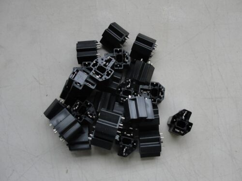 4 Pin Relay Socket ISO Connectors PR04-SPCB 25 pcs