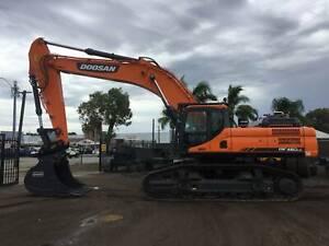 BRAND NEW DOOSAN DX480LC Excavator Kenwick Gosnells Area Preview