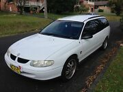1998 Holden Commodore vt wagon auto rego till 01/04/2018 and pink slip Forresters Beach Gosford Area Preview