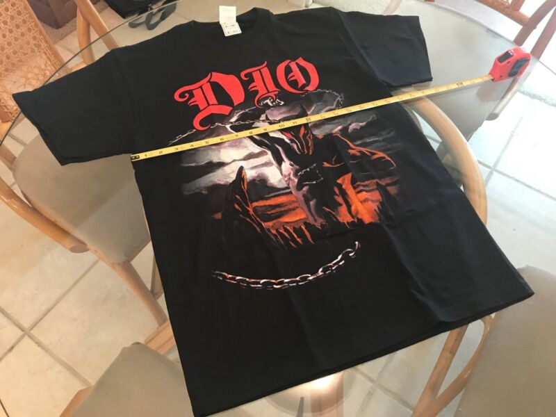 DIO 2004 Holy Diver/Master Of The Moon United States Tour Medium T-Shirt!