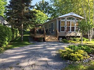 Park Model Trailer 3 Bedroom in Georgina 2 km to Lake Simcoe