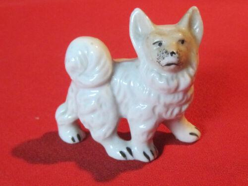 Vintage porcelain Samoyed dog figurine