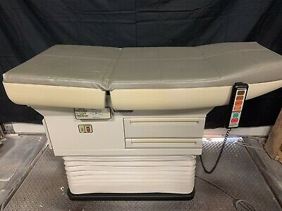 Midmark Ritter 405 Power Exam Table