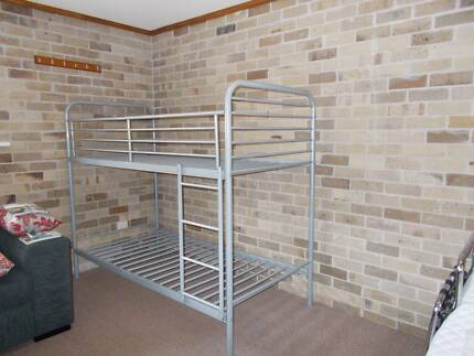 BUNK BEDS GOOD CONDITION