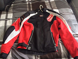 Size M Shift Jacket with Built In Protection