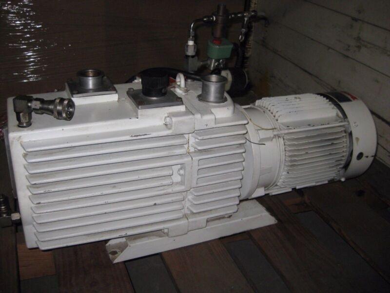 Leybold D90AC Dual Stage Vacuum Pump HE-200 w/ GE 5K182FX20491C Motor, 1765 RPM