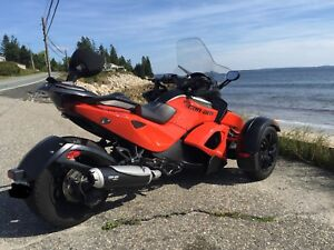 2012 Can Am Spyder RSS with warranty!