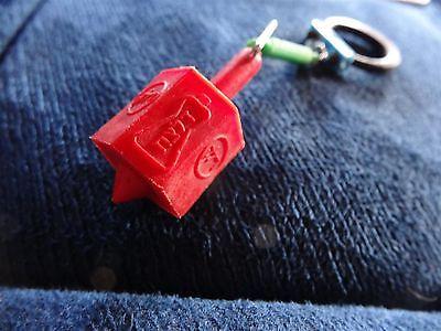 Delek Israel Vintage Key Chain Of A Dreidel Old Plastic
