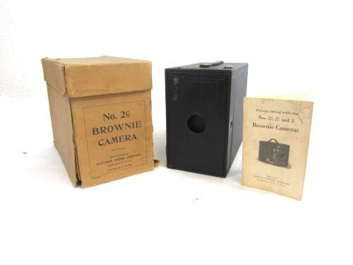 Vintage 1917 Eastman Kodak Brownie Camera No.2C Black Box Rollfilm 24-3