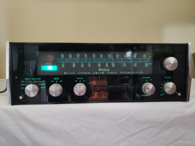 Vintage McIntosh MX113 Stereo Tuner Preamplifier Excellent condition, works well
