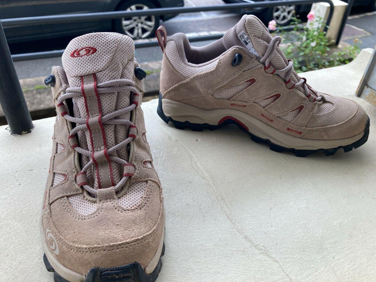 Chaussures de randonnée salomon contagrip 39,5