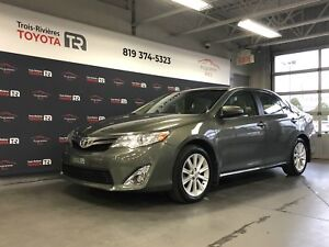 Toyota Camry 2014 XLE - Mags - GPS - Caméra - Cuir