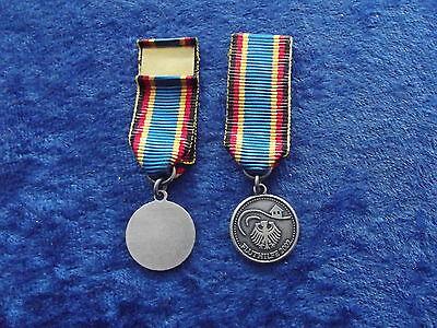 ^(A34-003) Deutsche Fluthilfe 2002  Fluthelfer Hochwasser Miniatur- Orden 15mm online kaufen