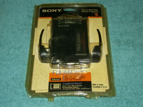 NEW VINTAGE SONY WALKMAN WM-F2015 RADIO CASSETTE PLAYER FM/AM MADE IN JAPAN 1990