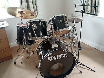 Mapex Venus Series Black Drum kit