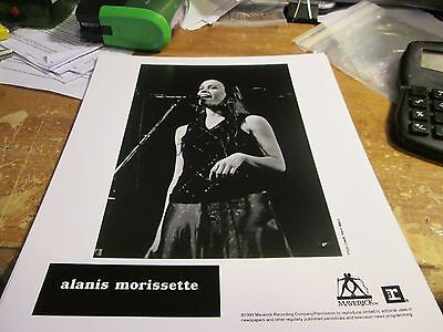 ALANIS MORISSETTE PHOTO VINTAGE  90'S PROMO SHOT 8 X 10 COLLECTABLE OOP