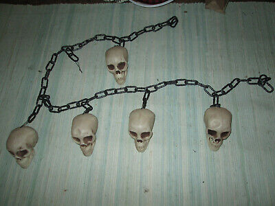 "73"" Chain with Skulls Garland Halloween Decorations, New w/o Tags"